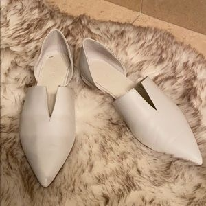 Pointed toe white leather loafers